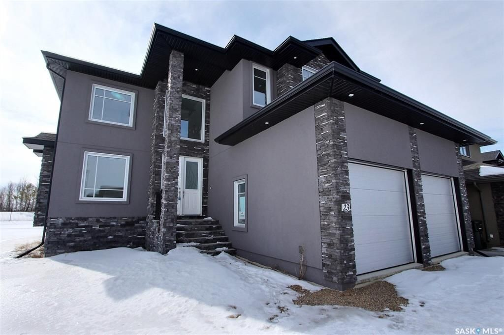 Main Photo: 23 Gurney Crescent in Prince Albert: River Heights PA Residential for sale : MLS®# SK845444