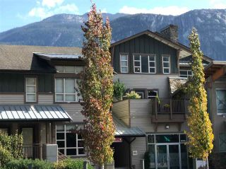 "Photo 1: 38228 EAGLEWIND Boulevard in Squamish: Downtown SQ Condo for sale in ""EAGLEWIND"" : MLS®# R2408733"