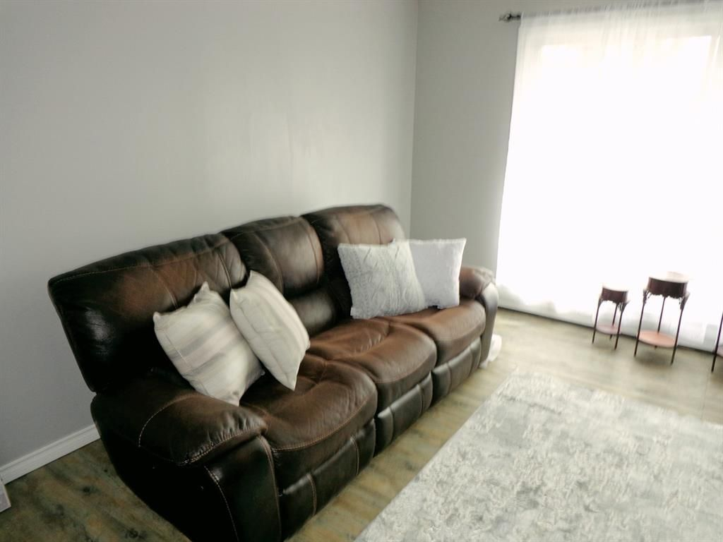 Photo 6: Photos: 301 5812 61 Street: Red Deer Apartment for sale : MLS®# A1063837