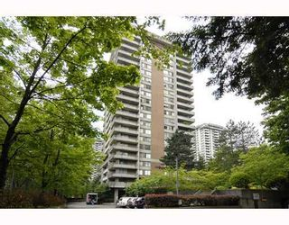 """Photo 1: 906 3771 BARTLETT Court in Burnaby: Sullivan Heights Condo for sale in """"TIMBERLEA"""" (Burnaby North)  : MLS®# V776369"""