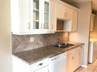 """Photo 4: 101 46033 CHILLIWACK CENTRAL Road in Chilliwack: Chilliwack E Young-Yale Condo for sale in """"HAZELDENE"""" : MLS®# R2571076"""