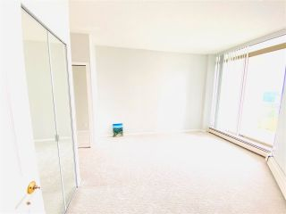 """Photo 4: 2301 6188 PATTERSON Avenue in Burnaby: Metrotown Condo for sale in """"THE WIMBELDON CLUB"""" (Burnaby South)  : MLS®# R2580612"""