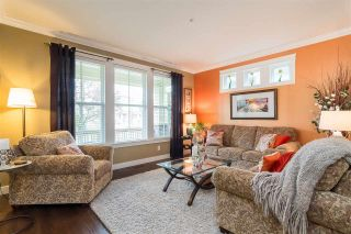 """Photo 5: 23029 JENNY LEWIS Avenue in Langley: Fort Langley House for sale in """"BEDFORD LANDING"""" : MLS®# R2359056"""
