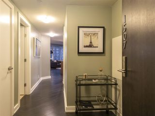 """Photo 17: 1507 1372 SEYMOUR Street in Vancouver: Downtown VW Condo for sale in """"The Mark"""" (Vancouver West)  : MLS®# R2402457"""