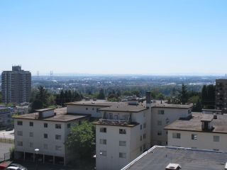 "Photo 17: 1505 615 BELMONT Street in New Westminster: Uptown NW Condo for sale in ""BELMONT TOWERS"" : MLS®# R2185460"