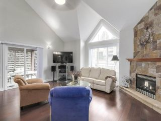 Photo 5: 658 E 4TH STREET in North Vancouver: Queensbury House for sale : MLS®# R2222993
