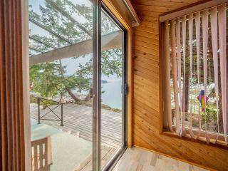 Photo 20: 9185 HYDAWAY Road in Sechelt: Halfmn Bay Secret Cv Redroofs House for sale (Sunshine Coast)  : MLS®# R2504559