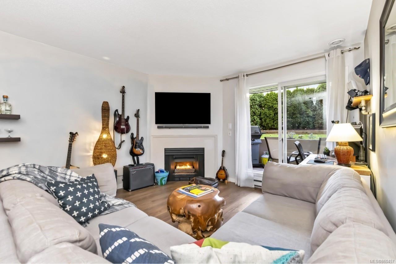 Photo 7: Photos: 105 2529 Wark St in : Vi Hillside Condo for sale (Victoria)  : MLS®# 860457
