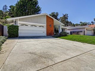 Photo 3: LA JOLLA House for rent : 4 bedrooms : 5494 Coral Reef Ave