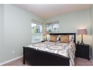 Photo 10: 808 Bexhill Pl in VICTORIA: Co Triangle House for sale (Colwood)  : MLS®# 628092