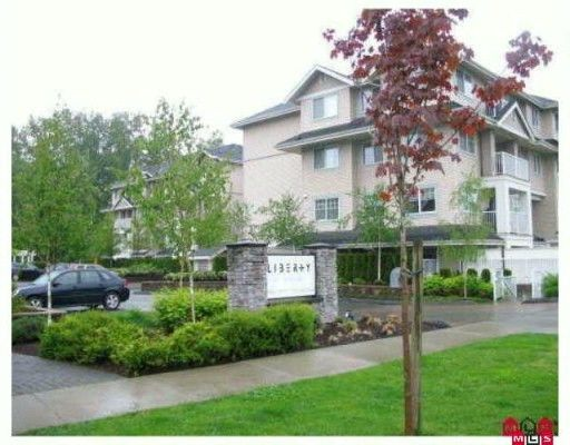 """Main Photo: 204 19366 65 Avenue in Surrey: Clayton Condo for sale in """"Liberty at Southlands"""" (Cloverdale)  : MLS®# F2926783"""