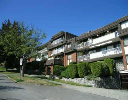 """Main Photo: 207 331 KNOX Street in New Westminster: Sapperton Condo for sale in """"WESTMOUNT ARMS"""" : MLS®# V798218"""