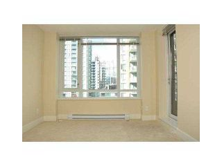"""Photo 5: 906 1088 RICHARDS Street in Vancouver: Yaletown Condo for sale in """"RICHARDS"""" (Vancouver West)  : MLS®# V1115263"""