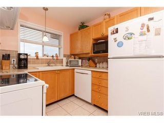 Photo 8: 401 2354 Brethour Ave in SIDNEY: Si Sidney North-East Condo for sale (Sidney)  : MLS®# 719565