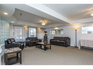 """Photo 18: 404 2335 WHYTE Avenue in Port Coquitlam: Central Pt Coquitlam Condo for sale in """"CHANELLOR'S COURT"""" : MLS®# R2141689"""