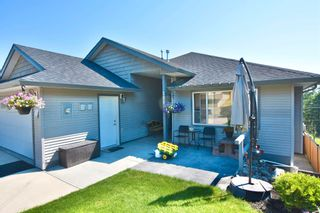Photo 2: 222 FOSTER Way in Williams Lake: Williams Lake - City House for sale (Williams Lake (Zone 27))  : MLS®# R2597359