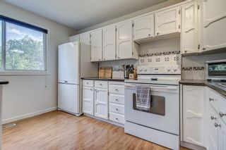 Photo 8: 71 5625 Silverdale Drive NW in Calgary: Silver Springs Row/Townhouse for sale : MLS®# A1142197