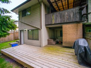 Photo 7: 5445 MANOR Street in Burnaby: Central BN 1/2 Duplex for sale (Burnaby North)  : MLS®# R2083747