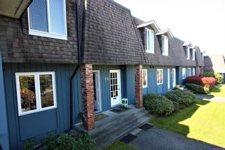 Photo 1: 10 2517 Cosgrove Cres in : Na Departure Bay Row/Townhouse for sale (Nanaimo)  : MLS®# 873619