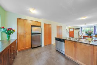 """Photo 11: 8 4055 PENDER Street in Burnaby: Willingdon Heights Townhouse for sale in """"Redbrick"""" (Burnaby North)  : MLS®# R2619973"""