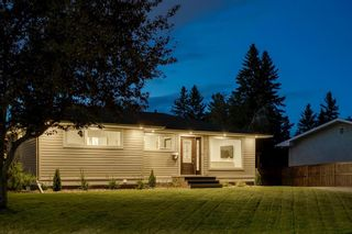 Photo 3: 58 HOBART Road SW in Calgary: Haysboro Detached for sale : MLS®# A1028294