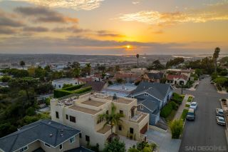 Photo 3: MISSION HILLS House for sale : 5 bedrooms : 2283 Whitman St in San Diego