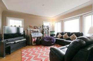 Photo 4: 4692 NANAIMO Street in Vancouver: Collingwood VE House for sale (Vancouver East)  : MLS®# R2260184