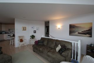 Photo 4: 7851 Squilax Anglemont Road in Anglemont: North Shuswap House for sale (Shuswap)  : MLS®# 10093969