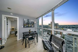 "Photo 9: 1502 907 BEACH Avenue in Vancouver: Yaletown Condo for sale in ""CORAL COURT"" (Vancouver West)  : MLS®# R2457774"