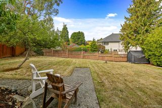 Photo 3: 3470 Veteran St in VICTORIA: SE Mt Tolmie House for sale (Saanich East)  : MLS®# 798355