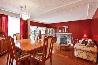 Photo 2: 12895 68 ave in Surrey: West Newton House for sale : MLS®# R2171822