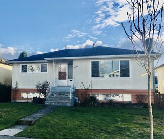 Main Photo: 3556 E 27TH Avenue in Vancouver: Renfrew Heights House for sale (Vancouver East)  : MLS®# R2539478