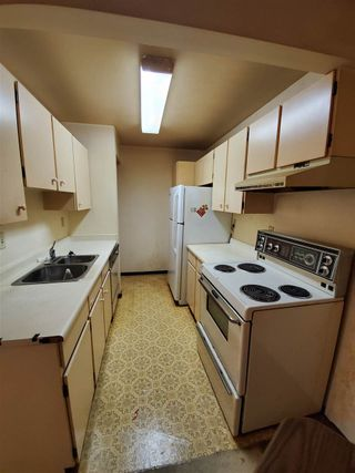 """Photo 2: 202 2245 WILSON Avenue in Port Coquitlam: Central Pt Coquitlam Condo for sale in """"Mary Hill Place"""" : MLS®# R2570970"""
