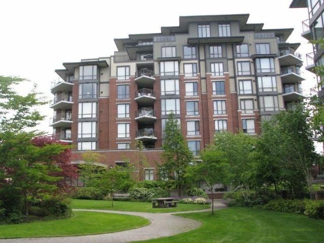 """Main Photo: 703 1581 FOSTER Street: White Rock Condo for sale in """"Sussex House"""" (South Surrey White Rock)  : MLS®# F1316074"""