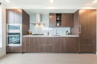 """Photo 5: 2609 455 SW MARINE Drive in Vancouver: Marpole Condo for sale in """"W1-WEST TOWER"""" (Vancouver West)  : MLS®# R2388321"""