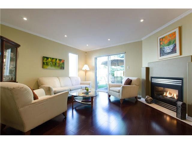 """Photo 2: Photos: 53 8701 16TH Avenue in Burnaby: The Crest Townhouse for sale in """"ENGELWOOD MEWS"""" (Burnaby East)  : MLS®# V1117419"""