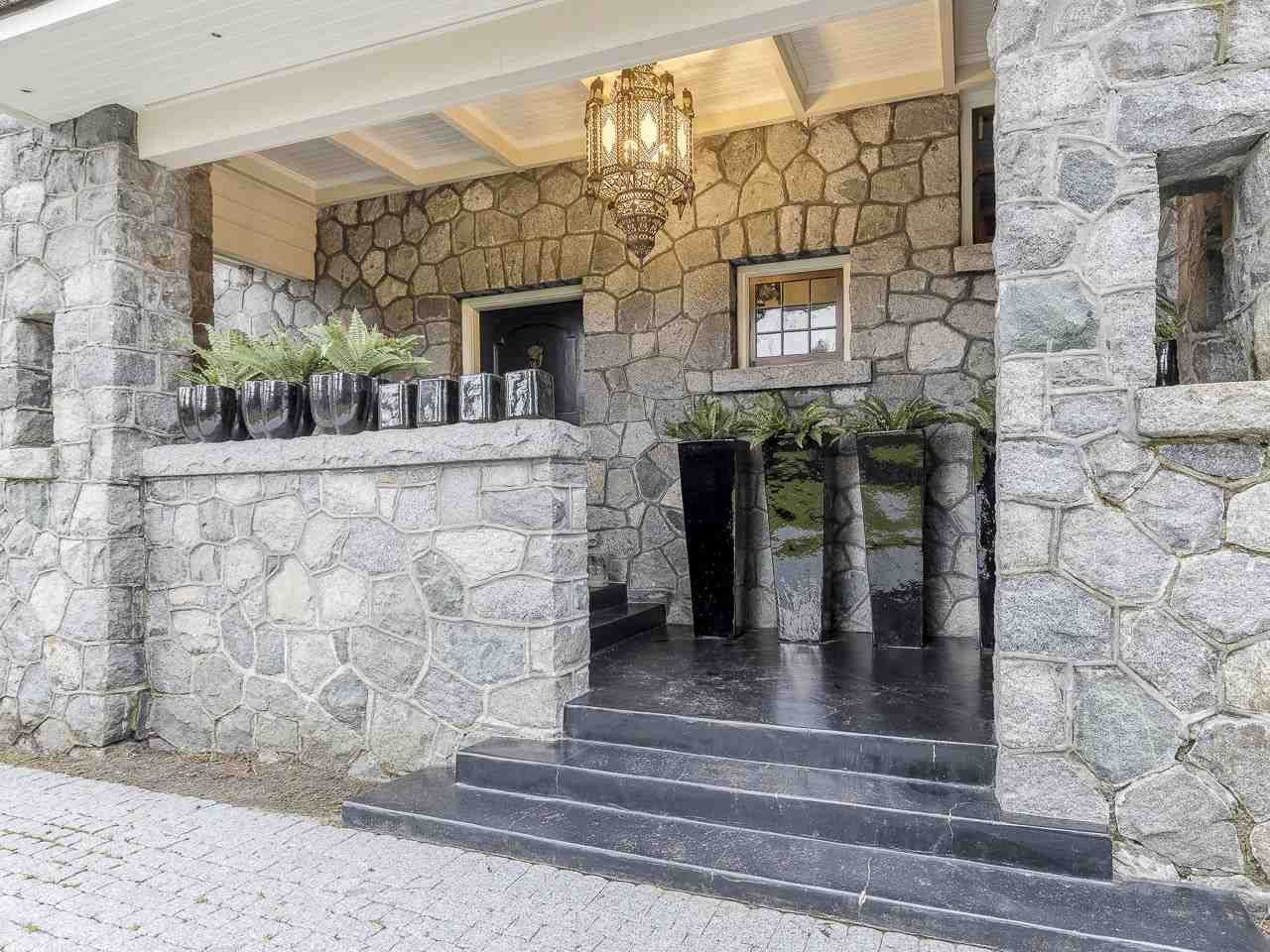 Photo 2: Photos: 3369 THE CRESCENT in Vancouver: Shaughnessy House for sale (Vancouver West)  : MLS®# R2534743