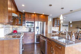 "Photo 5: 2441 KENSINGTON Crescent in Port Coquitlam: Citadel PQ House for sale in ""CITADEL HEIGHTS"" : MLS®# R2161983"