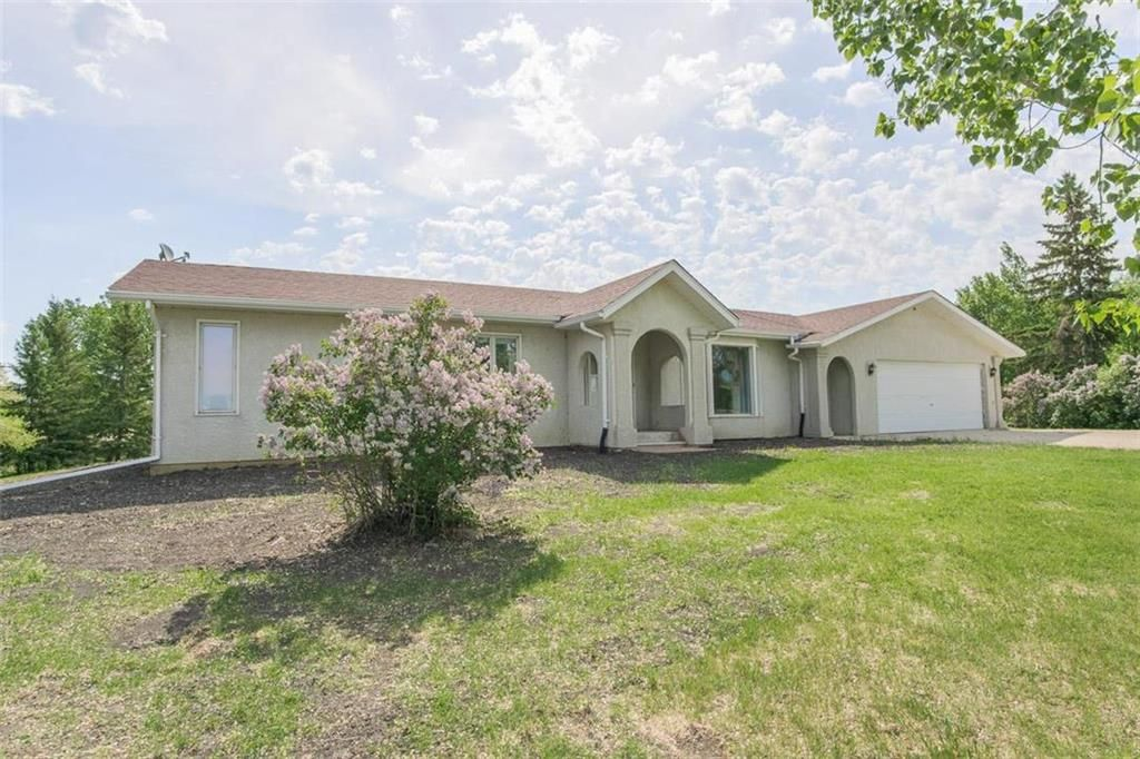 Main Photo: 27159 RIVER Road South in Rosenort: R17 Residential for sale : MLS®# 202114090