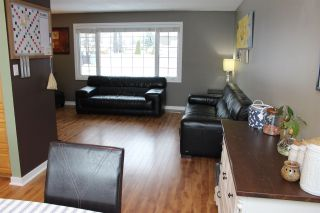 Photo 10: 45 OMINECA Crescent in Mackenzie: Mackenzie -Town House for sale (Mackenzie (Zone 69))  : MLS®# R2514161