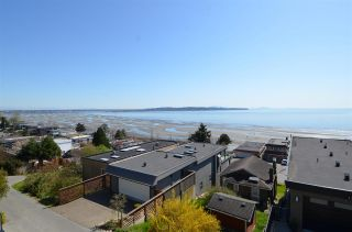 """Photo 5: 15478 COLUMBIA Avenue: White Rock House for sale in """"Hillside"""" (South Surrey White Rock)  : MLS®# R2572155"""