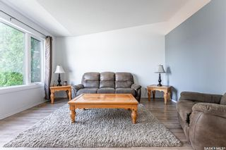 Photo 5: 203 Carter Crescent in Saskatoon: Confederation Park Residential for sale : MLS®# SK870496