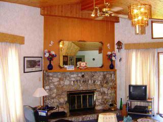 Photo 9: 7444 Anglemont Way in Anglemont: House for sale