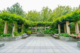 """Photo 60: 210 2940 KING GEORGE Boulevard in Surrey: King George Corridor Condo for sale in """"HIGH STREET"""" (South Surrey White Rock)  : MLS®# R2496807"""