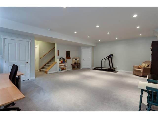 Photo 31: Photos: 46 PRESTWICK Parade SE in Calgary: McKenzie Towne House for sale : MLS®# C4103009