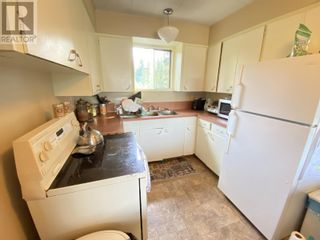 Photo 7: 719 B ROAD in Canim Lake: House for sale : MLS®# R2613287