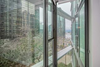 "Photo 31: 507 1331 W GEORGIA Street in Vancouver: Coal Harbour Condo for sale in ""The Pointe"" (Vancouver West)  : MLS®# R2533122"