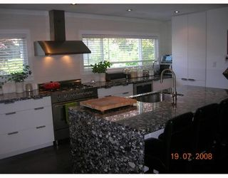 "Photo 2: 1375 MCBRIDE Street in North_Vancouver: Norgate House for sale in ""NORGATE"" (North Vancouver)  : MLS®# V723908"