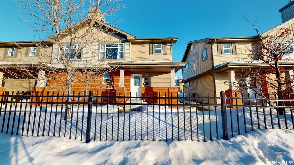 Main Photo: 110 410 Stensrud Road in Saskatoon: Willowgrove Residential for sale : MLS®# SK840343