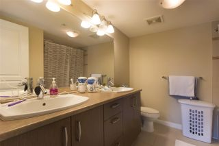 """Photo 11: 302 3105 LINCOLN Avenue in Coquitlam: New Horizons Condo for sale in """"WINDSOR GATE BY POLYGON"""" : MLS®# R2154112"""